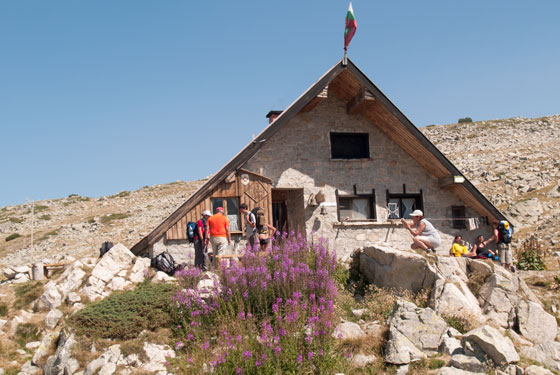 Tevno Ezero Hut Pirin Mountains